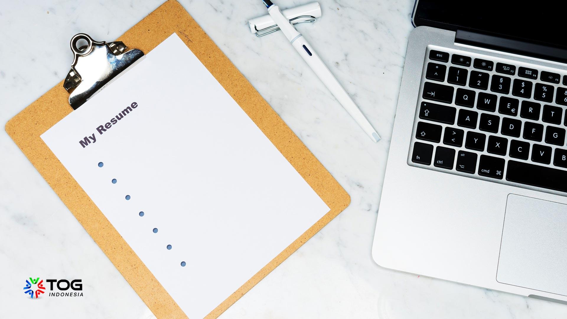 Ingin Diterima di Perusahaan Besar? Simak Tips Membuat CV Teknik Informatika Ini